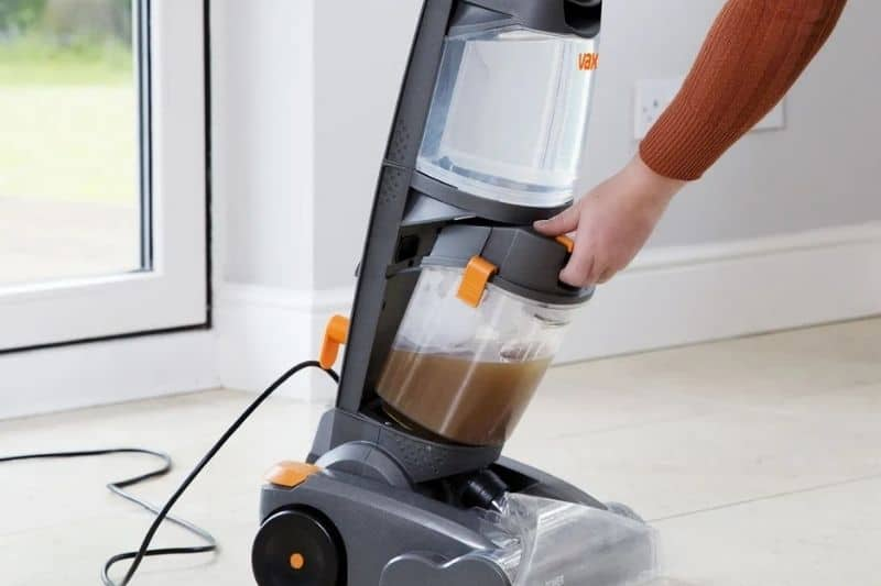 Dirty carpet cleaner water tank