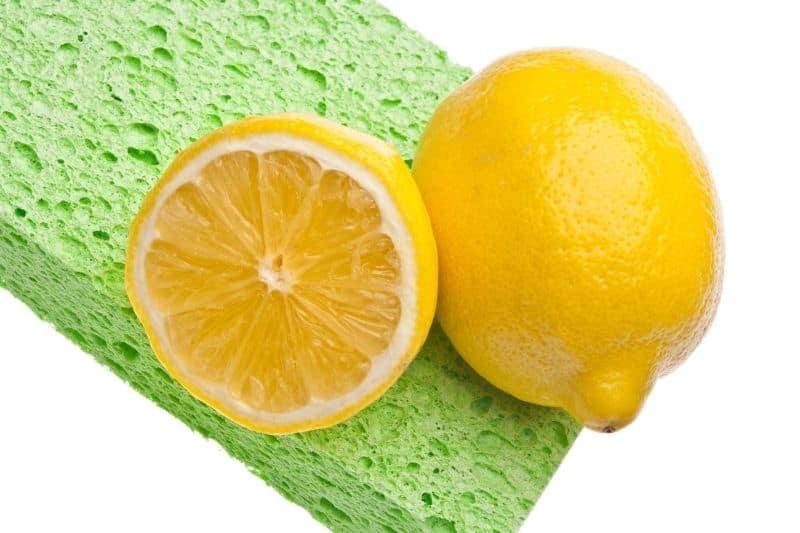 Lemon to Clean Limescale