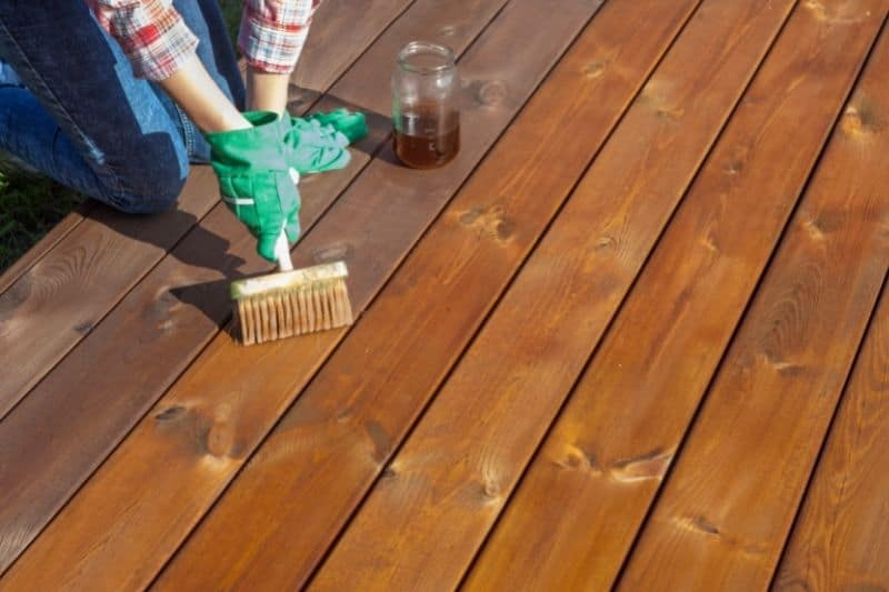 Lacquers and Varnishes on Wood Floor