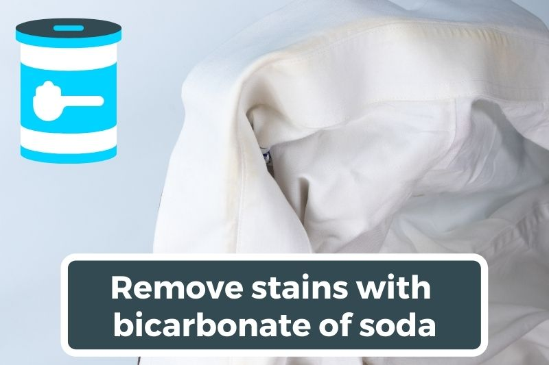 Remove stains with bicarbonate of soda
