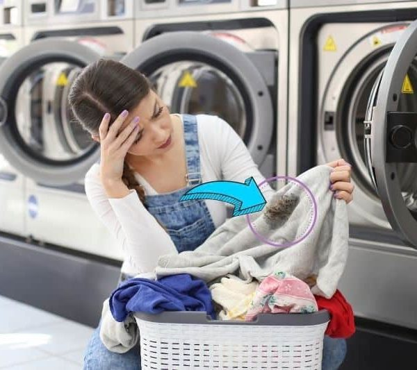 Washing Machine Leaves Gunk on Clothes – Causes and Solutions