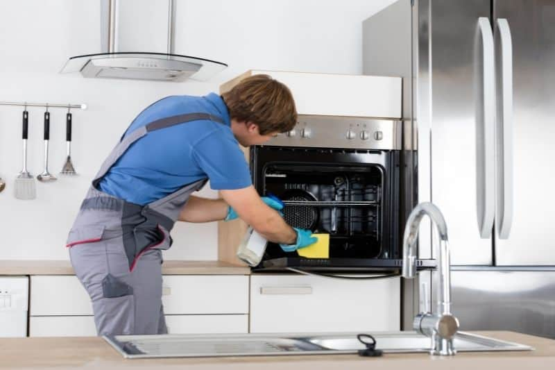 Getting Professional Help in Cleaning a Fan-Assisted Oven