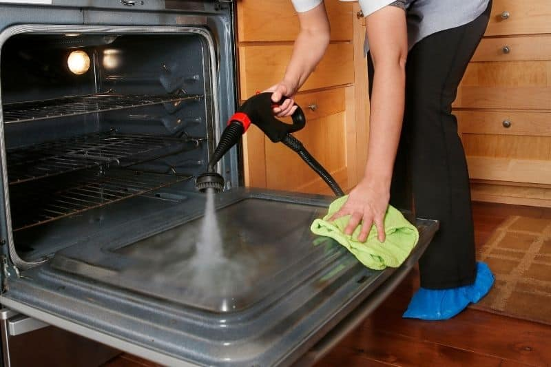 Steam Cleaning a Fan-Assisted Oven